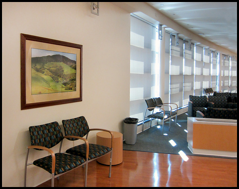 Center for Joint Replacement - Lobby Reception