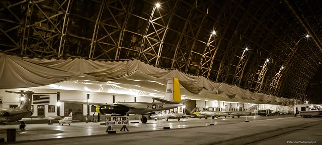 Tillamook Air Museum: Hangar