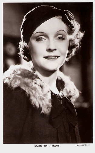 Dorothy Hyson in Soldiers of the King (1933)