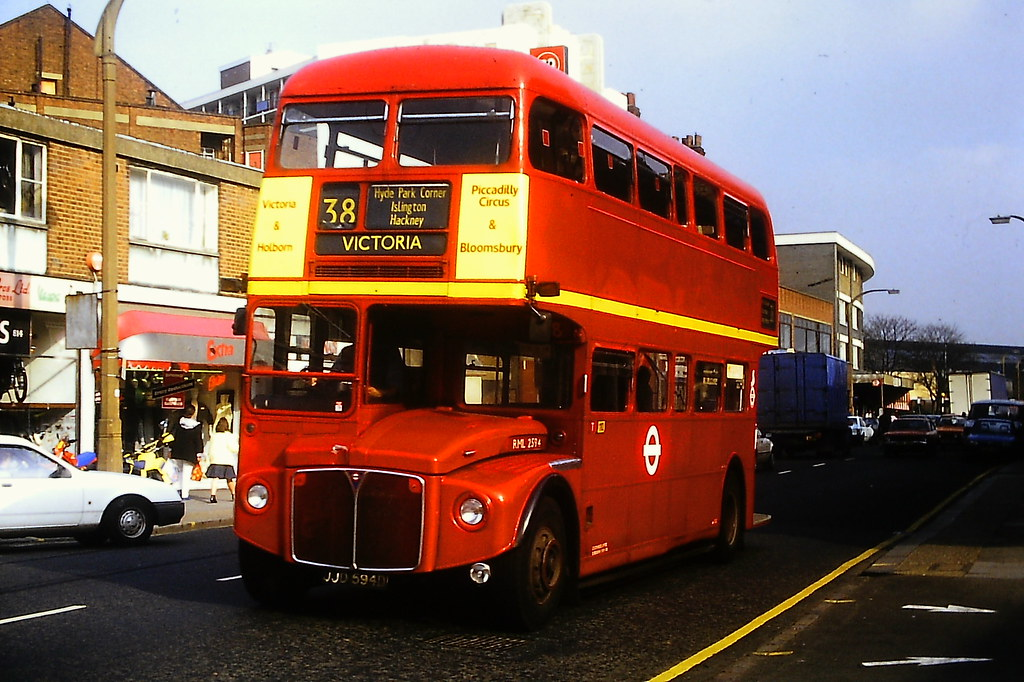 RML2594 London Transport JJD594D AEC Routemaster R2RH.1 Park Royal Apr87