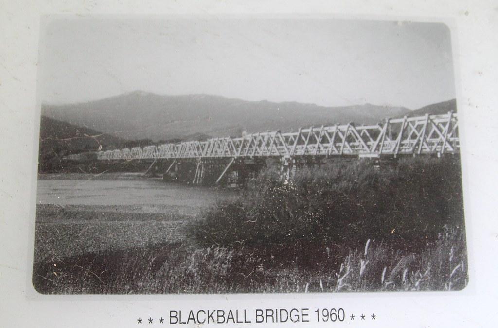 Ngahere Truss Bridge - photo from info board roadside