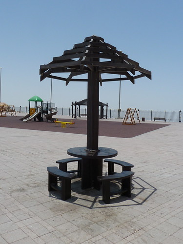 Dubai 2012 – Shadow is so important | by Michiel2005