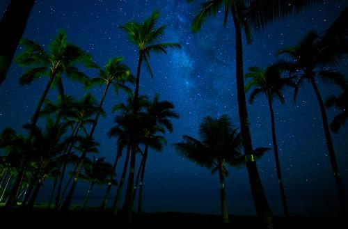 ocean longexposure nightphotography beach stars hawaii nikon maui fullframe fx lahaina highiso d800 milkyway puamana nikond800 nikkor1635mmlens
