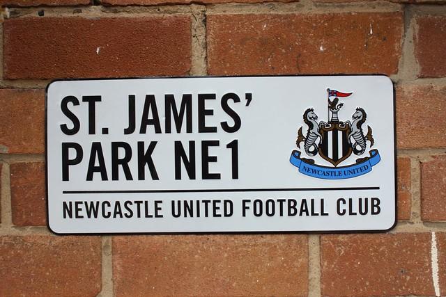 Newcastle plaque