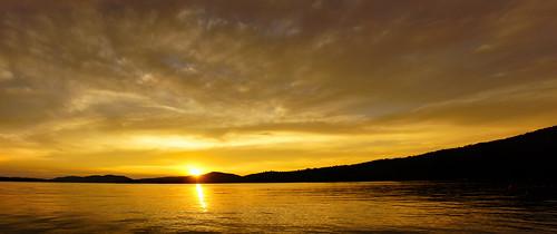 inletnewyork inletny sunset hamiltoncounty adirondacks centraladirondacks sunsetbeach fourthlake panorama clouds