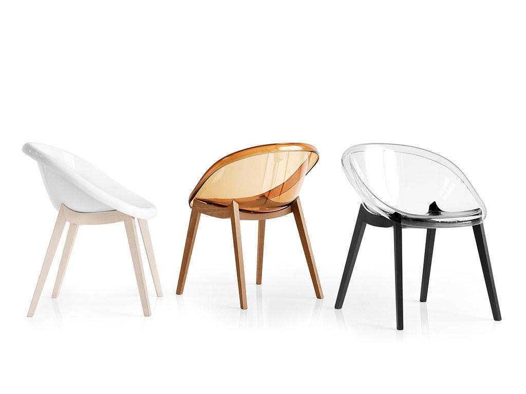 Sedie di design in legno e policarbonato nella foto le for Sedie design policarbonato
