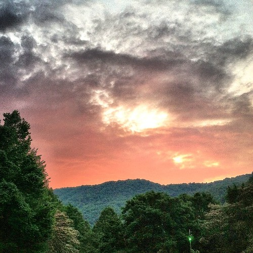 sunset sky clouds project square squareformat gorge 365 nantahala noc nantahalaoutdoorcenter nantahalagorge 365project prroject365 iphoneography instagramapp uploaded:by=instagram foursquare:venue=4c9a63ded4b1b1f7b3cccf35