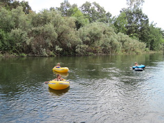 Floaters on Kings River