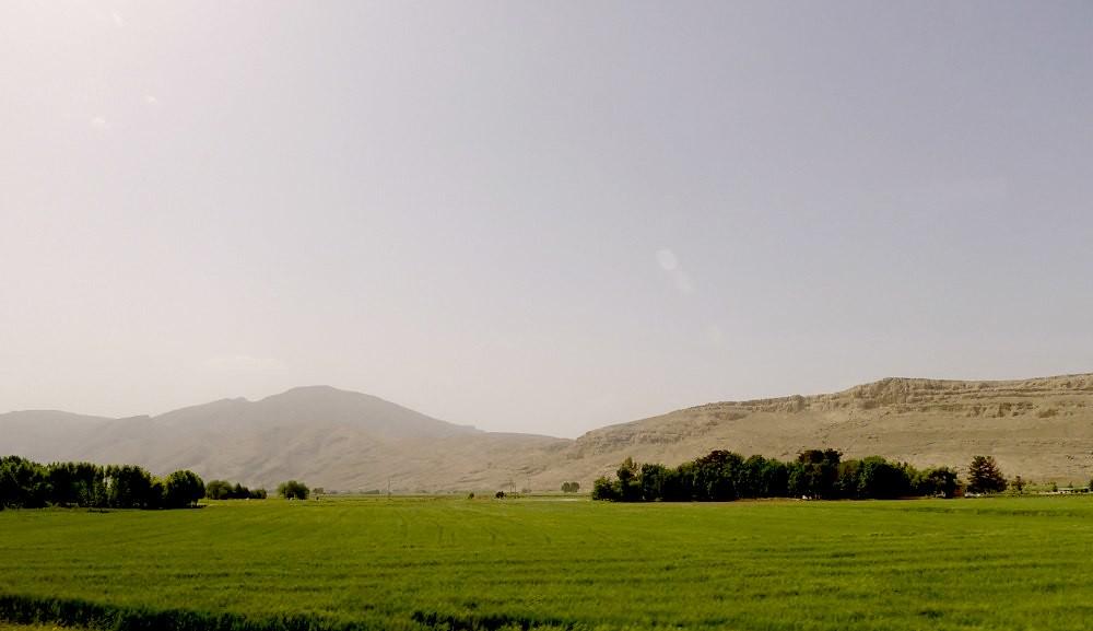 yazd-shiraz-L1030153