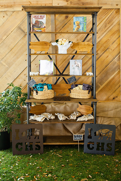 Rustic Wood Backdrop - W&F 2013 (2)