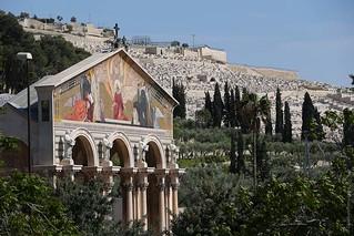Horto das Oliveiras: o começo da Paixäo de Jesus