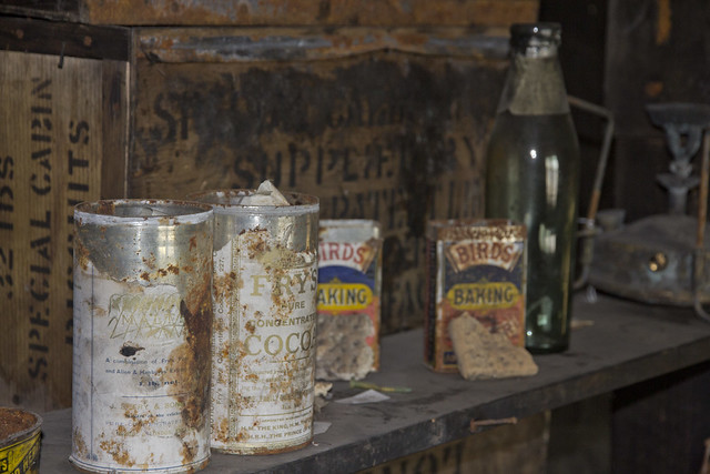 Discovery Hut supplies