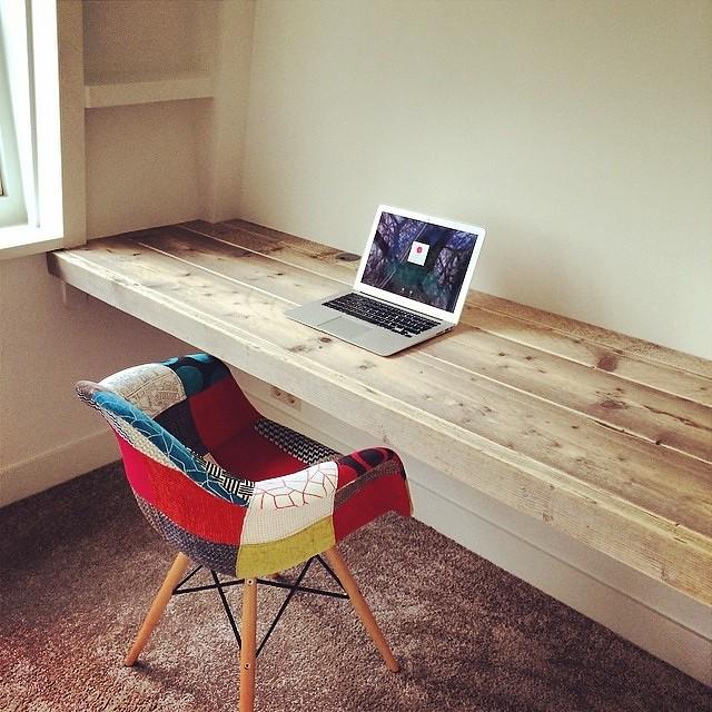Beroemd Bureau 'floating desk'   Steigerhout   Te koop bij w00tdes…   Flickr CE05