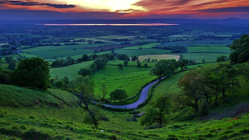 uk greatbritain trees light sunset england sky sun southwest tree green english field clouds rural river landscape lowlight nikon britain dusk farm country hill farming dramatic sigma cotswolds gloucestershire severn hills agriculture stroud hilltop brittish d90 englishness frocester