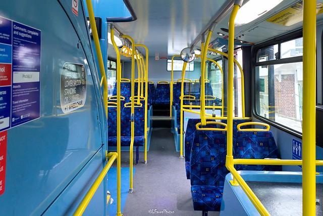 Route 320 - 879 Metrobus - Scania Optare Olympus (3)