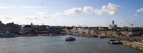 Helsingfors skyline   by AleGranholm