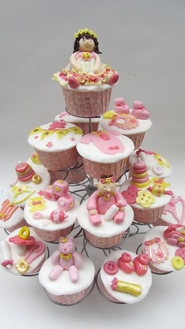 Baby shower cupcakes.. pink & yellow theme.
