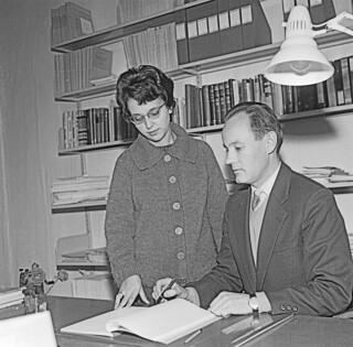 Professorene Jacqueline Naze Tjøtta og Sigve Tjøtta (1966)