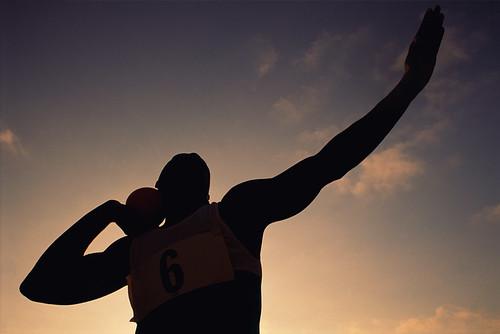 sunset sky sport clouds contraluz atardecer shot cielo nubes deporte backlit olympics athlete almería olimpiadas put deportista london2012 elejido lanzamientodepeso londres2012 ángelmartínmateo estadiosantodomingo ángelmateo