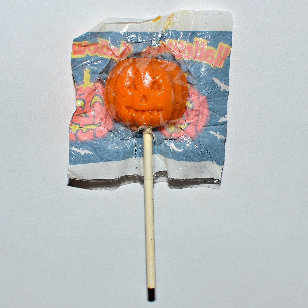 Halloween Jack O Lantern sucker - early 2000s   Candy Cache - A
