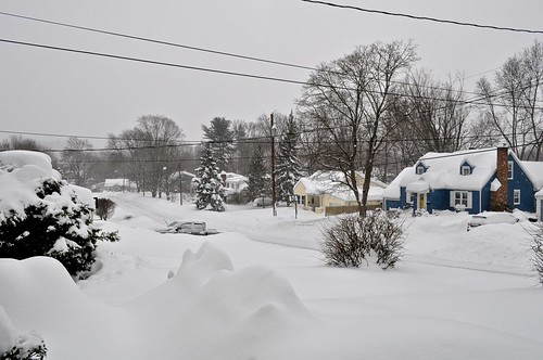 vestal newyork springisintheair winterstormstella snow lotsofsnow heapsofsnow justbelow4feet stillcomingdown 5daysuntilspring steeellaaa lakeeffectsnow mothernature isadirtymother viewfromourporch