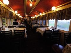 土, 2012-10-27 08:46 - Red Caboose Motelの食堂車