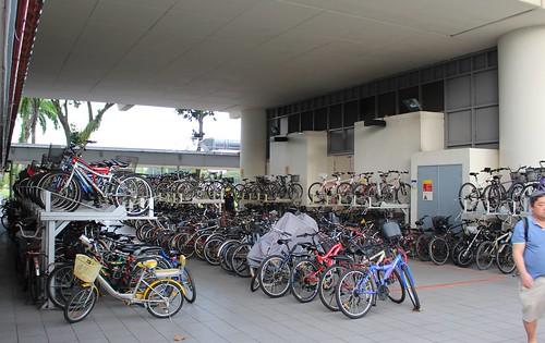 Singapore MRT: bicycle parking
