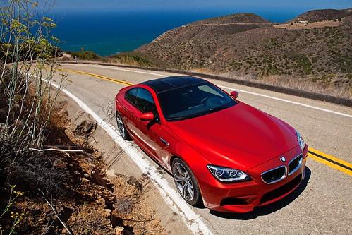 2013_BMW_M6_Coupe...16 Photo