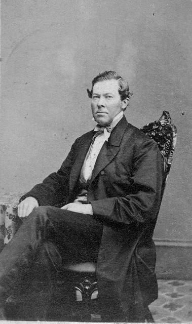 William S Willets