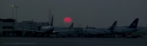 airplanes aviation airport airports dawn landscape sun sunrise sunrises kclt charlottedouglasinternational