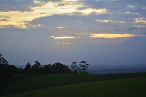 dawn daybreak sunrise tamborinemountain surfersparadise coralsea sunlight cloud earlymorning sequeensland goldcoasthinterland queensland australia landscape horizon cloudy day countryside mounttamborine