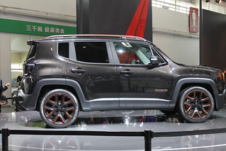 Jeep-Renegade-@-Beijing-2014-03