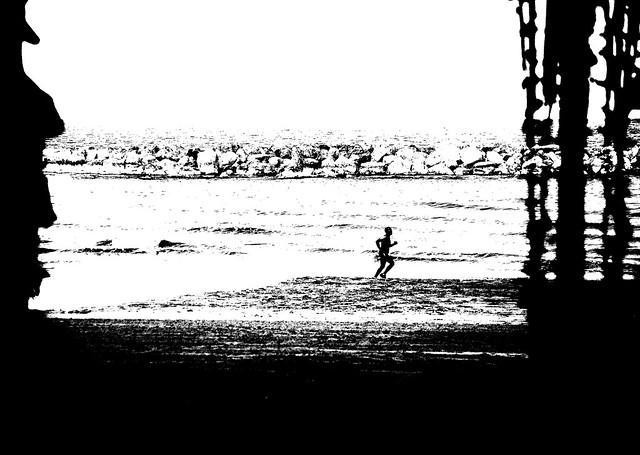 On the beach (D70_190479)