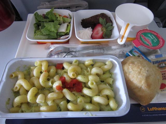 Lufthansa food