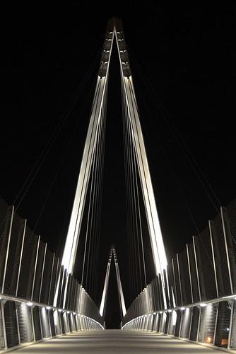 bridge illumination cupertino pedestrianbridge