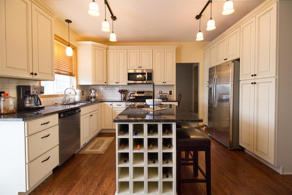 Brecke Kitchen-01