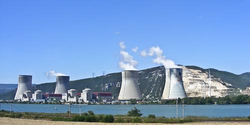 Centrale nucléaire de Cruas-Meysse | by Laurent Echiniscus