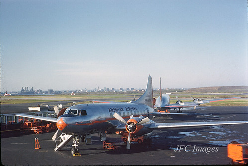 CV-240 American Airlines N94223 LGA Dec 1958
