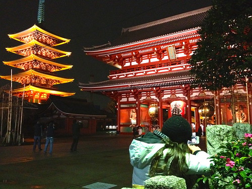 Pro photography in Asakusa | by kalleboo
