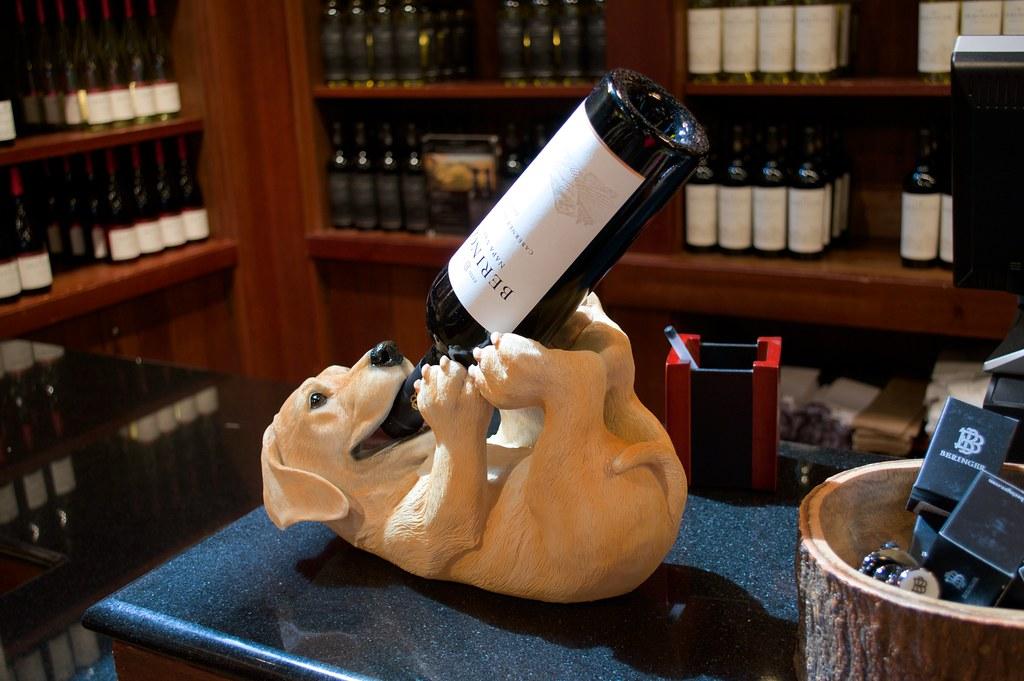 Puppy-dog wine bottle holder