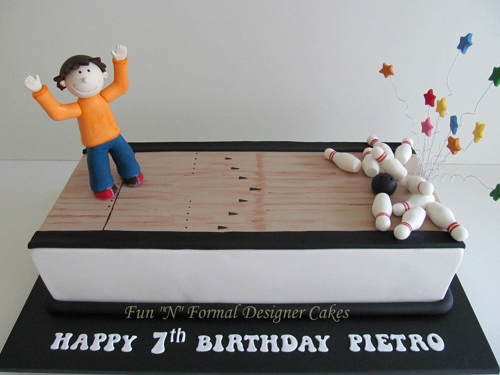 Awe Inspiring Ten Pin Bowling Birthday Cake Melissa Woodward Flickr Funny Birthday Cards Online Alyptdamsfinfo