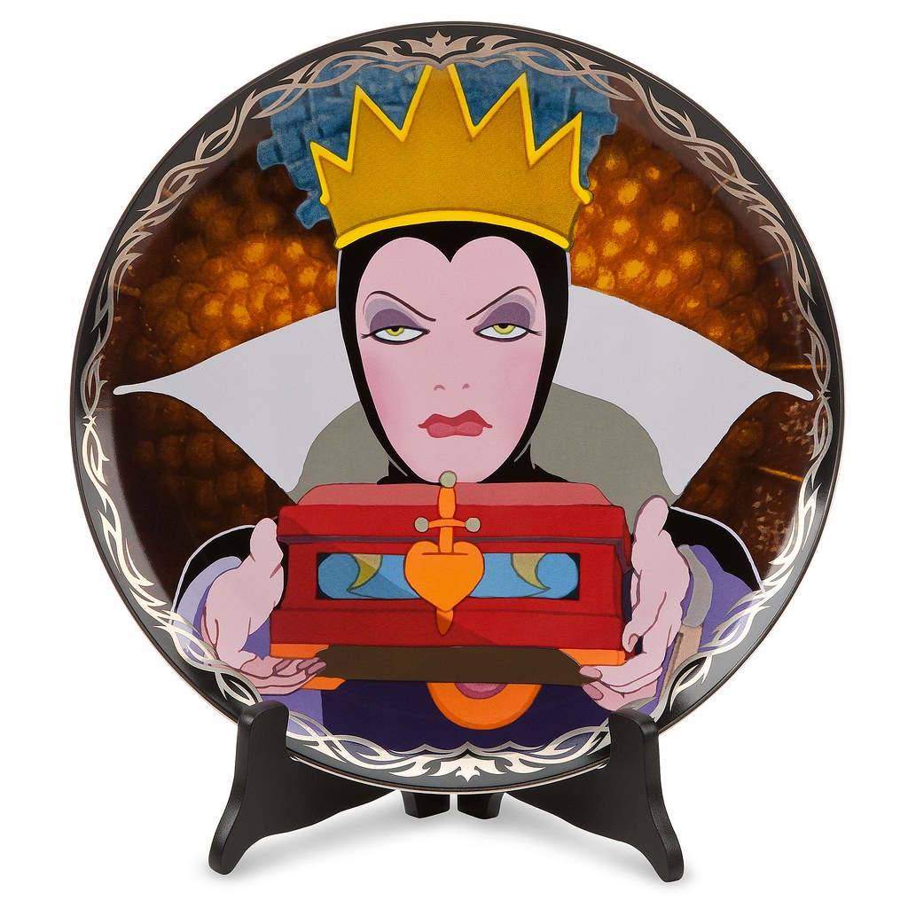 Limited Edition Disney Villains Evil Queen Art Plate - US Disney Store Product Image #1 - Unboxed - On Display Stand
