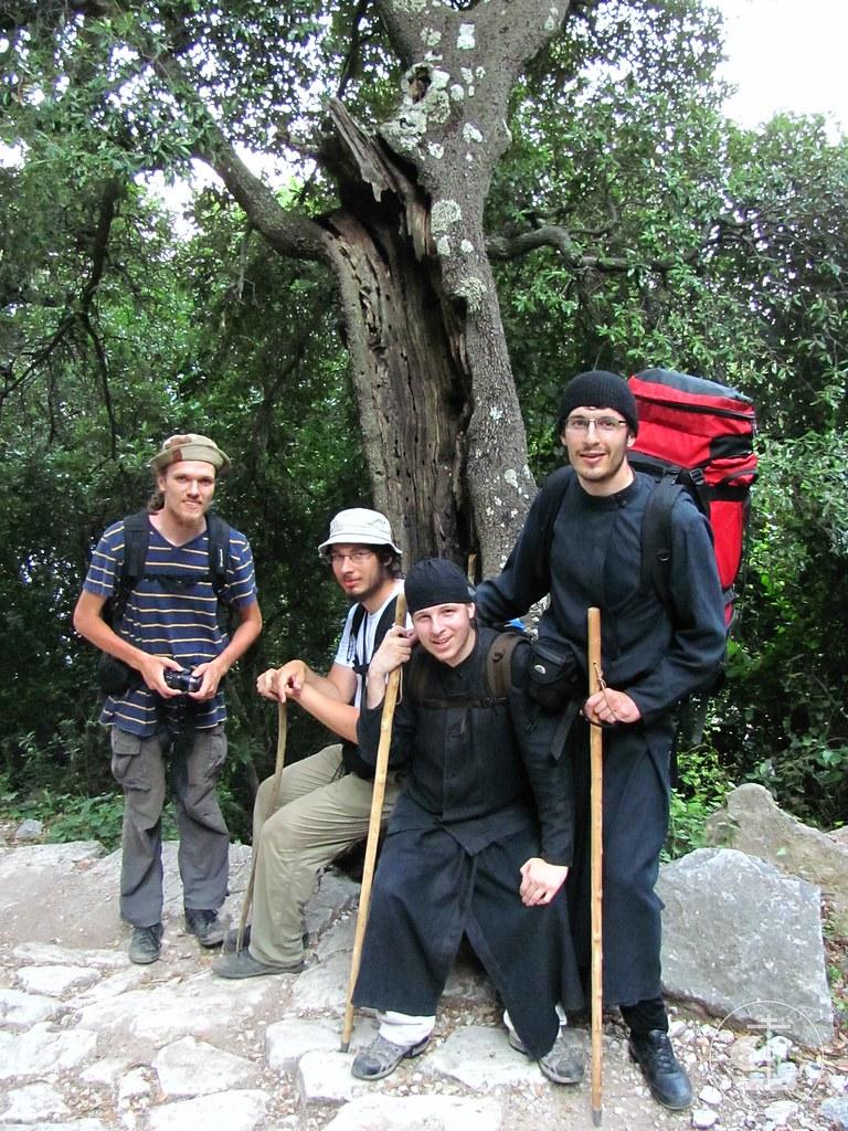 По пути на вершину Святой Горы