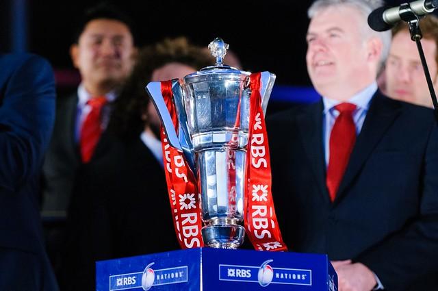 The RBS Six Nations trophy. Wales Grand Slam Celebration, Senedd 19 March 2012 / Tlws Chwe Gwlad yr RBS, Dathliadau Camp Lawn Cymru, Senedd 19 Mawrth 2012