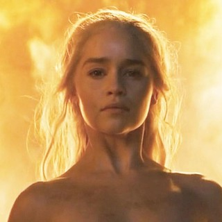 #TheUnburnt #BreakerofChains #MotherOfDragons #daenerysstormborn #daenerys #TheSilverQueen #Dany #queenofmeereen #DaenerysTargaryen  #Mhysa #OneBaddAssQueen #QueenoftheAndalsandtheRhoynarandtheFirstMen #LordoftheSevenKingdoms @EmiliaClarke #MyQueen #MyLad | by 7STRONGEST
