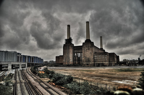Battersea Power Station | by mendhak