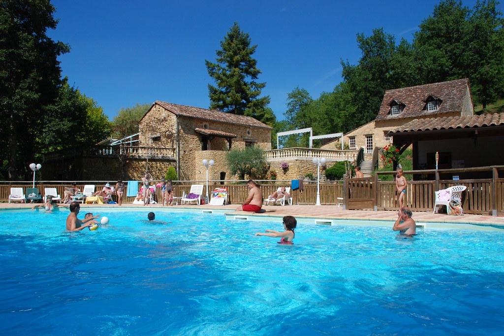 Camping dordogne un camping familial avec lac et jeux aqu - Camping dordogne avec piscine et lac ...