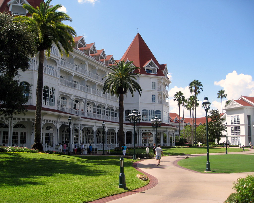 Walt Disney World - Disney's Grand Floridian Resort & Spa - Main Building - Victorian Architecture (2)