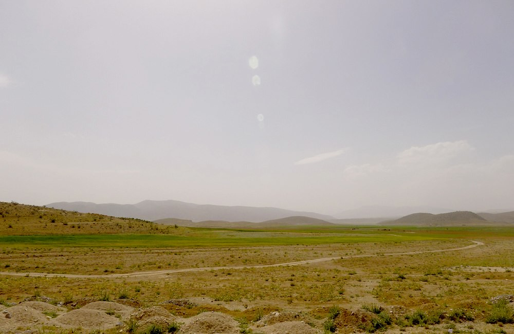 yazd-shiraz-L1030108
