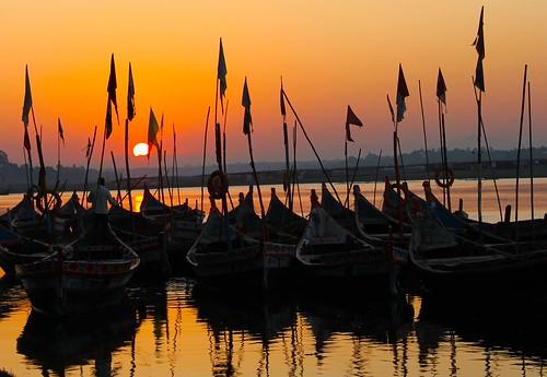 india sunrise silhouettes rivers gujarat narmada chandod johannesmanjrekar
